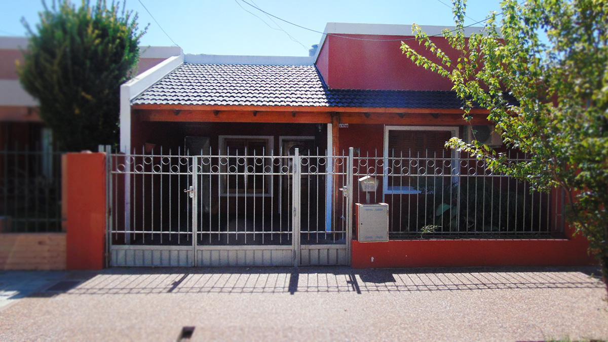 Foto Casa en Venta en  General Pico,  Maraco  8 Nº al 800
