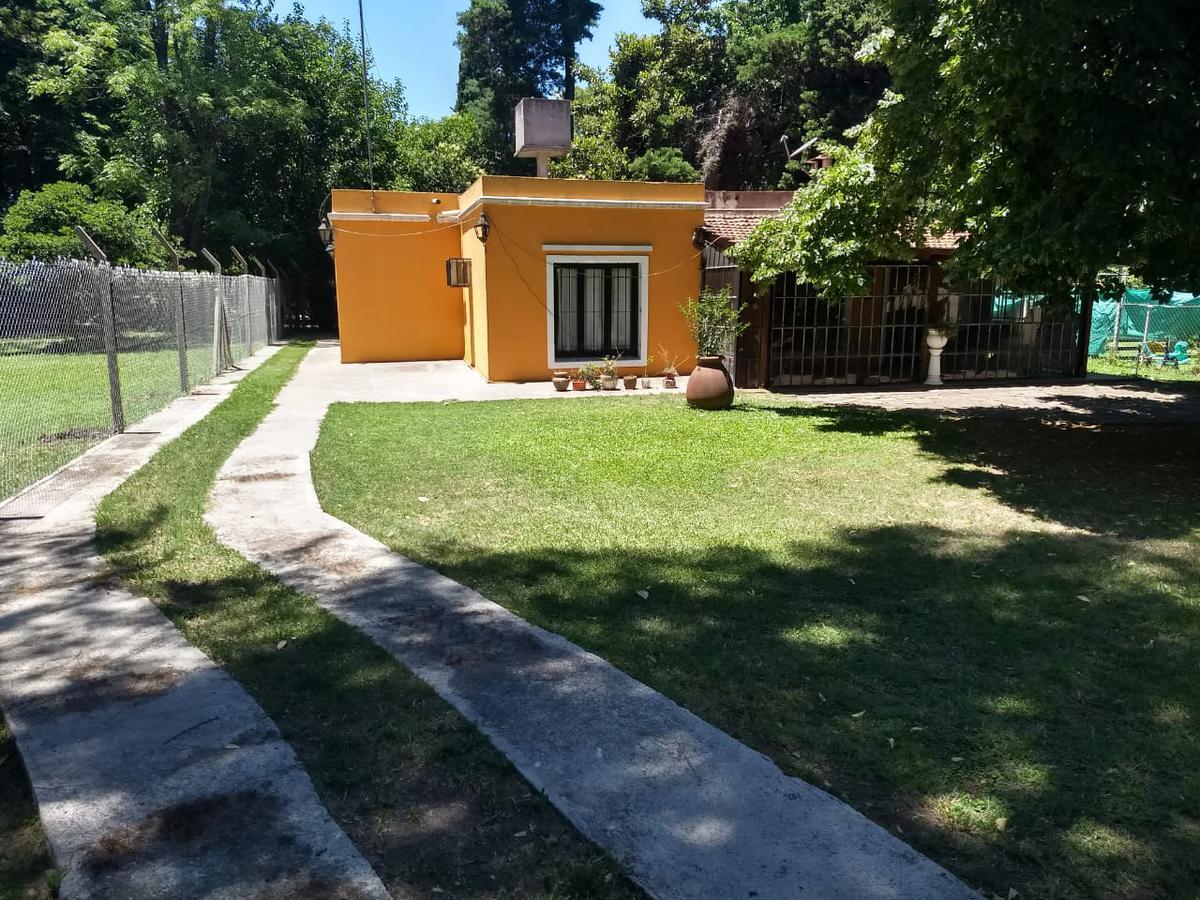 Foto Casa en Venta en  La Reja,  Moreno  OPORTUNIDAD - VENDE QUINTA EN LA REJA - MORENO