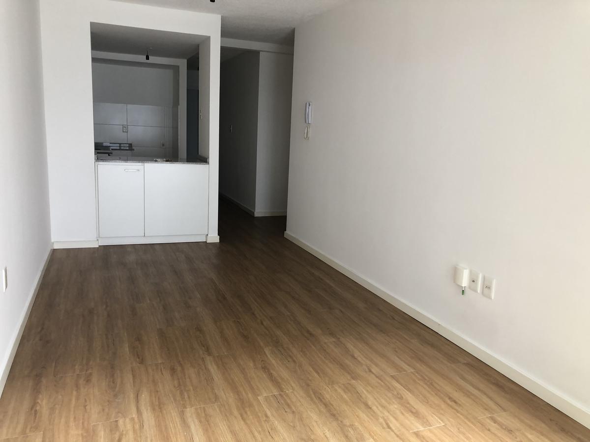 Foto Apartamento en Alquiler en  Prado ,  Montevideo  Agraciada y Suárez