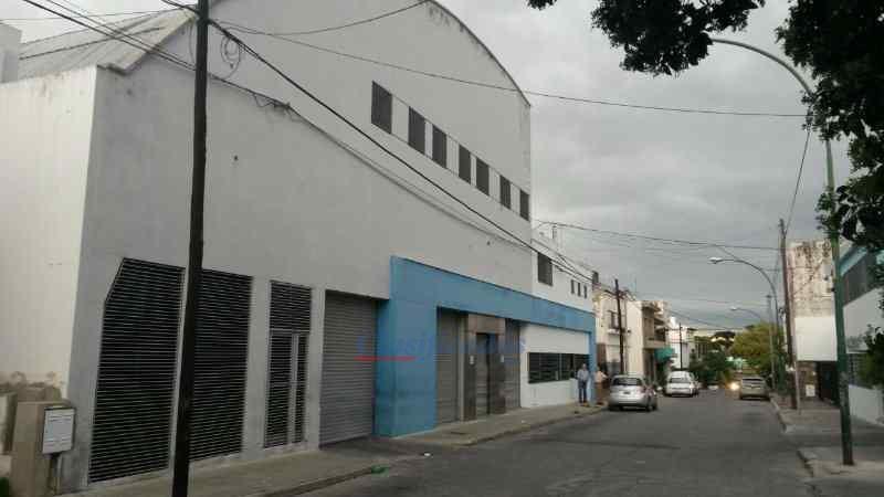 Foto Nave Industrial en Alquiler en  Cofico,  Cordoba  General Bustos al 100