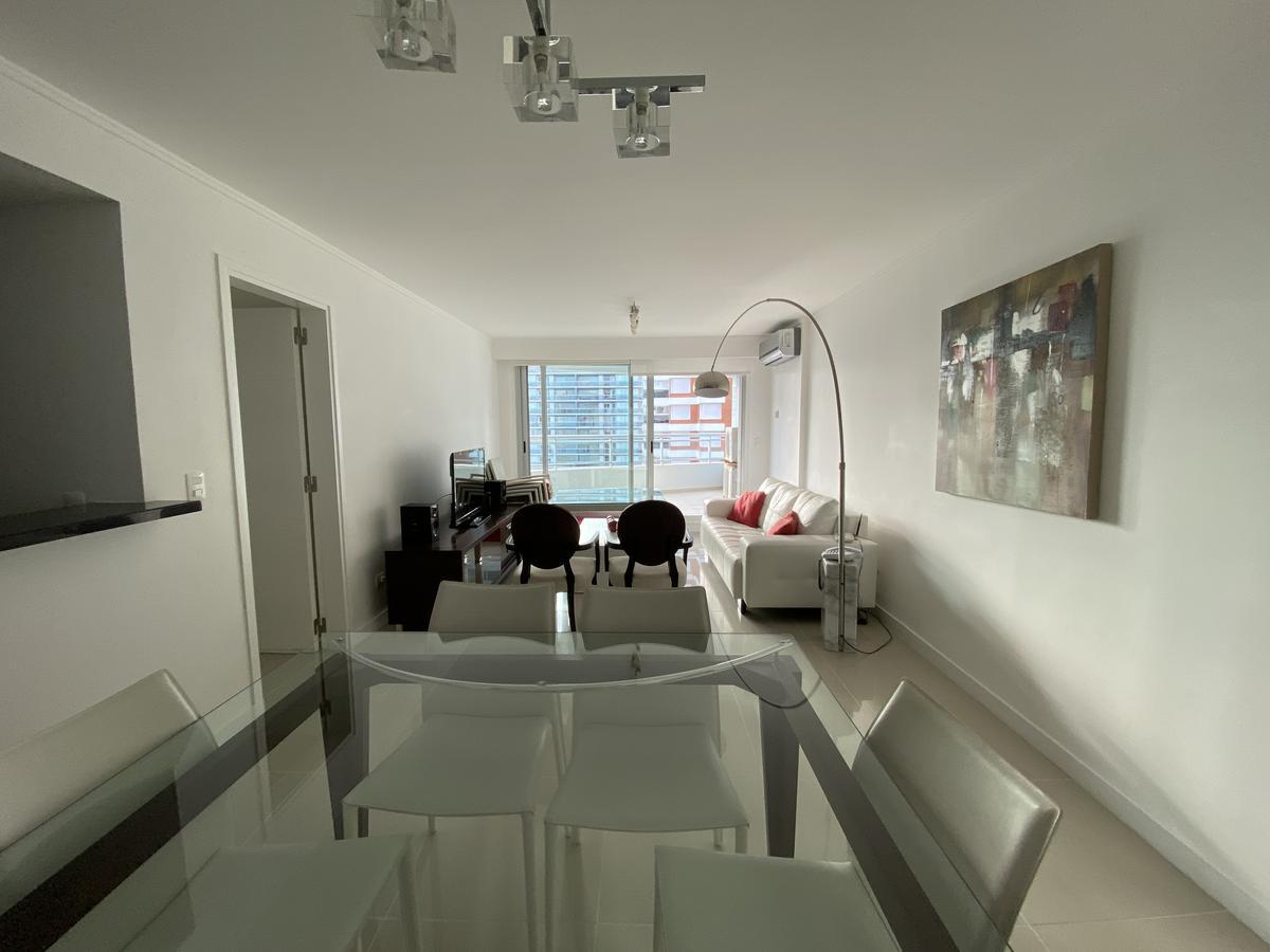 Foto Apartamento en Alquiler temporario en  Playa Brava,  Punta del Este  Forest Tower 2