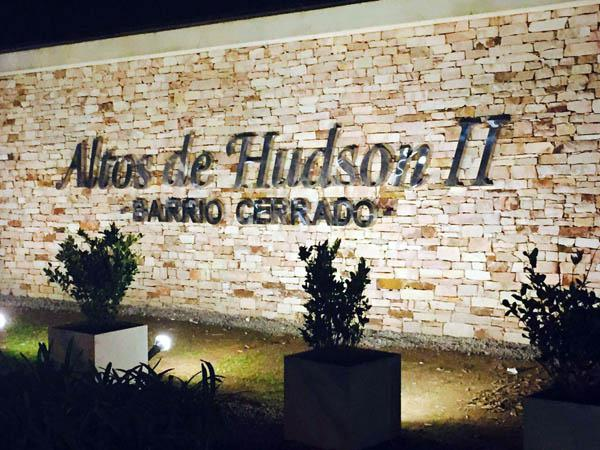Foto Cochera en Venta en  Altos de Hudson II,  Countries/B.Cerrado (Berazategui)  Altos de Hudson II