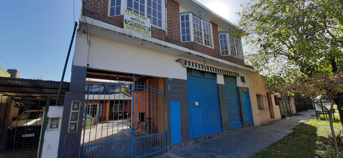 Foto Departamento en Alquiler en  Centro (Moreno),  Moreno  Belgrano al 500