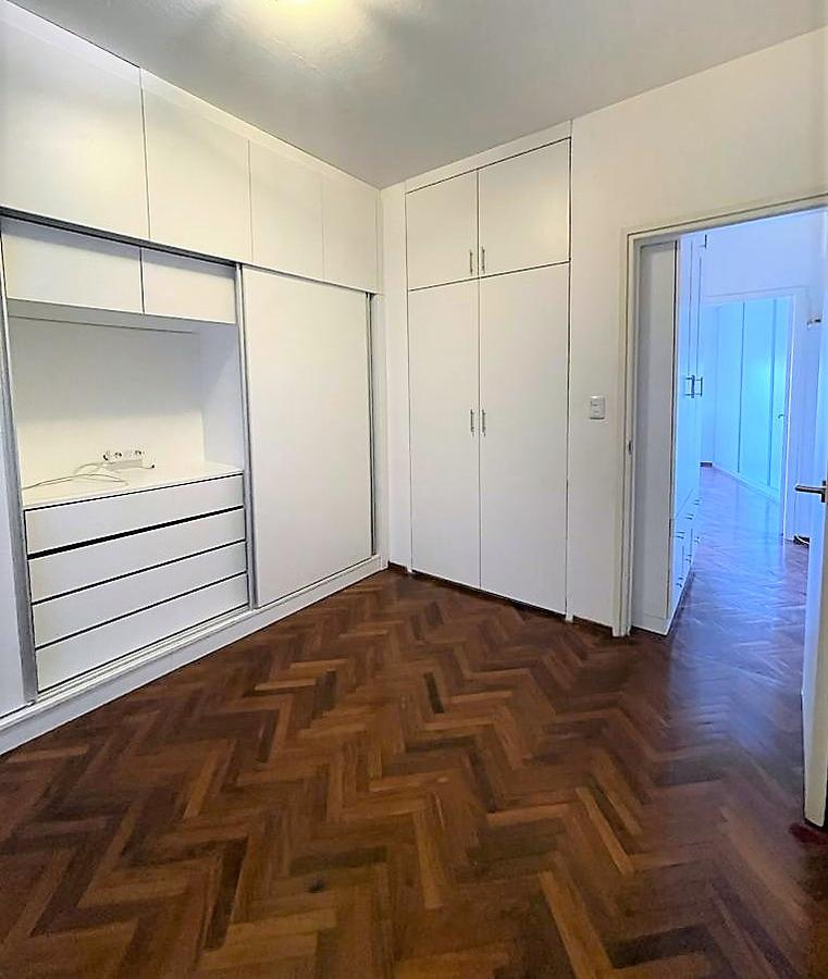 Foto Apartamento en Venta en  Punta Carretas ,  Montevideo  21 de Septiembre al 2400