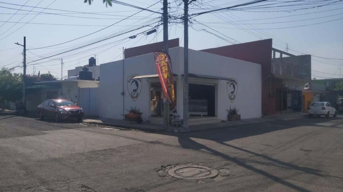Foto Local en Venta en  Astilleros de Veracruz ,  Veracruz  COL. ASTILLEROS, Local en VENTA con área de patio, servicio de drenaje y agua potable