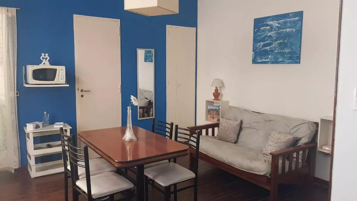 Foto Departamento en Alquiler temporario |  en  San Telmo ,  Capital Federal          CHACABUCO 900
