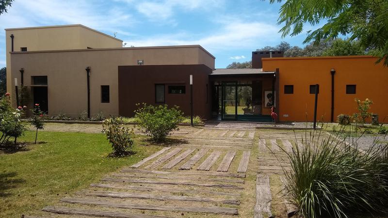 Foto Casa en Venta en  Chacras Open Door,  Countries/B.Cerrado (Lujan)  Casa en Chacras de Open Door ,Cabred 1550