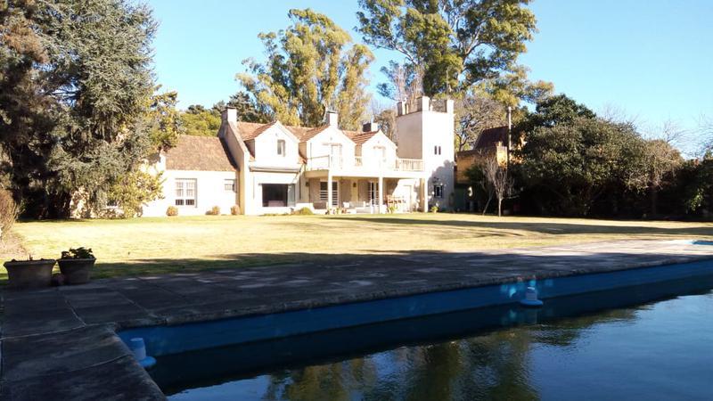 Foto Casa en Venta |  en  la horqueta,  San Isidro  Blanco Encalada al 1800