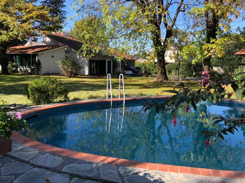 Foto Casa en Venta en  Monte Grande,  Esteban Echeverria  Azcuenaga al 1400