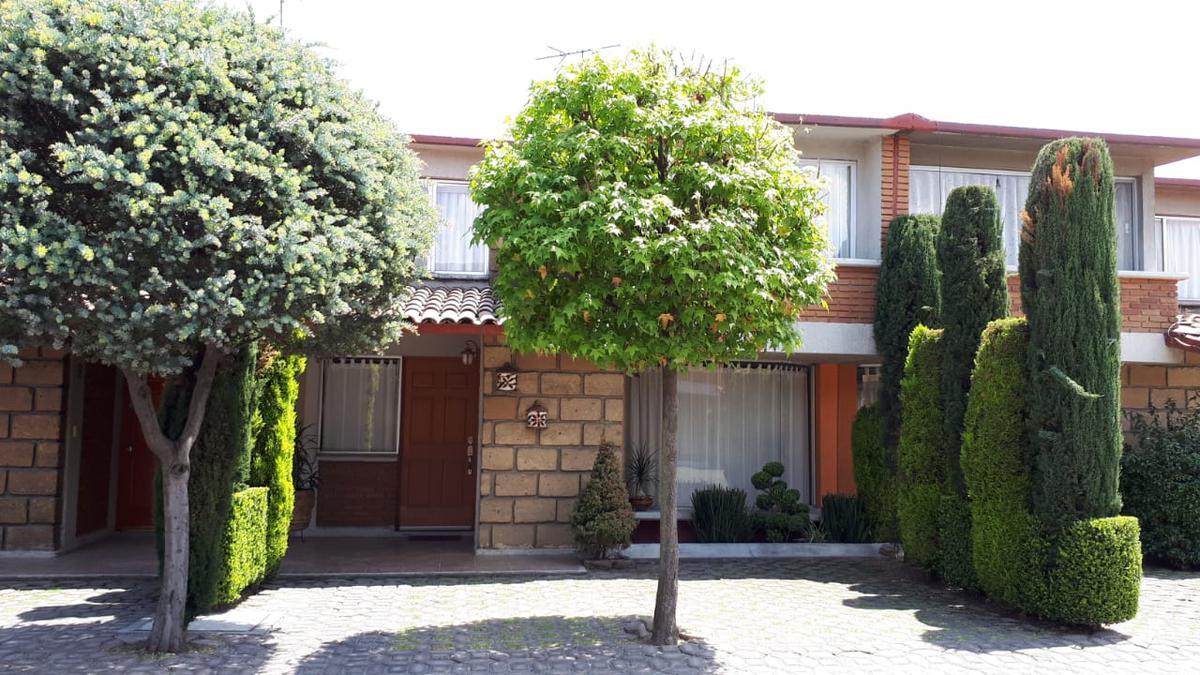 Foto Casa en Venta en  La Gavia,  Metepec          Av. Tecnologico , Condominio la Gavia 1 Lote 2, Col LLano Grande.  $2,950.000