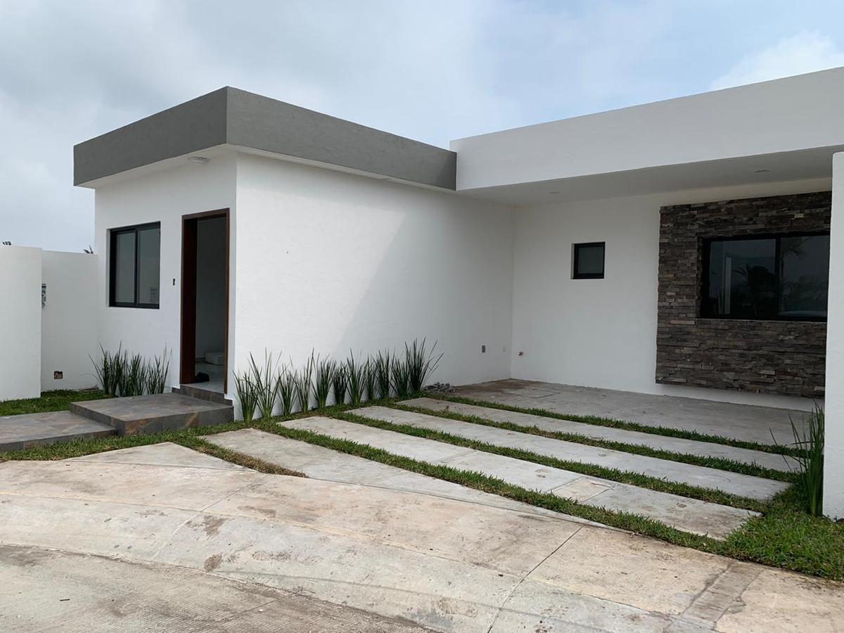 Foto Casa en Venta en  Fraccionamiento Las Palmas,  Medellín  CASA EN VENTA EN FRACC LAS PALMAS ZONA FIT