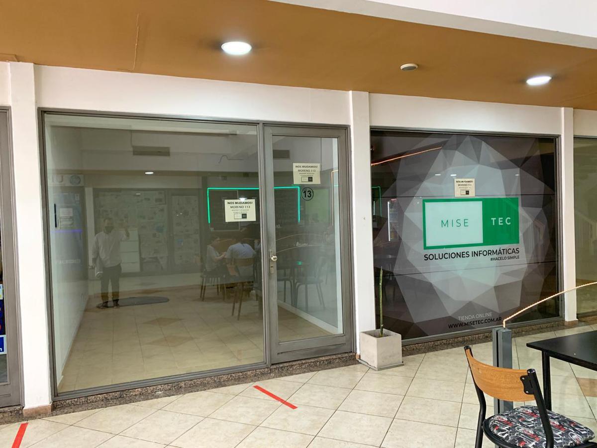 Foto Local en Alquiler en  Macrocentro,  Rosario  Mitre al 900