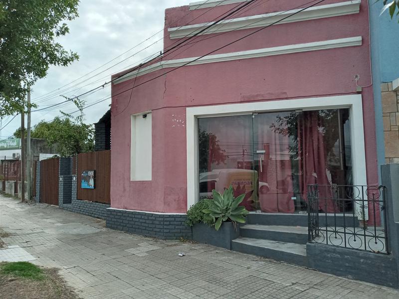 Foto Casa en Venta en  Colonia del Sacramento ,  Colonia  AP. SARAVIA casi RINCON