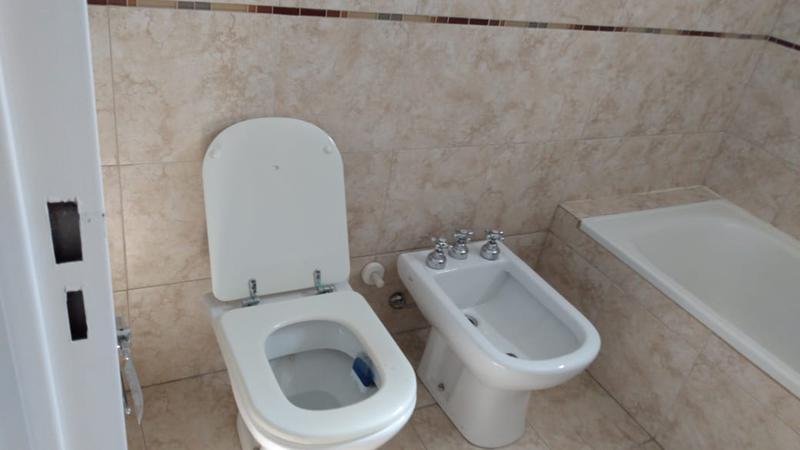 Foto Departamento en Venta en  Lomas de Zamora Este,  Lomas De Zamora  Pedernera 89
