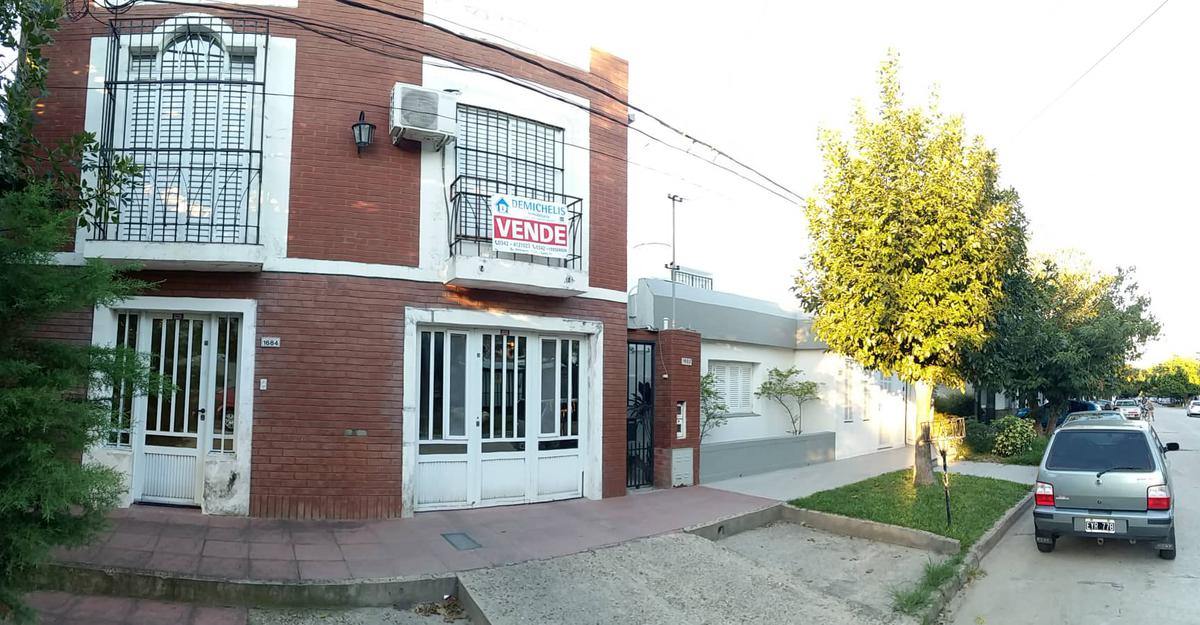 Foto Casa en Venta en  Santa Fe,  La Capital  Maria Selva, Gorostiaga 1600