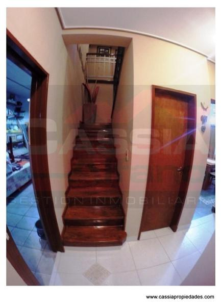 Foto Casa en Venta en  Temperley Este,  Temperley  INGENIERO MITRE 1004