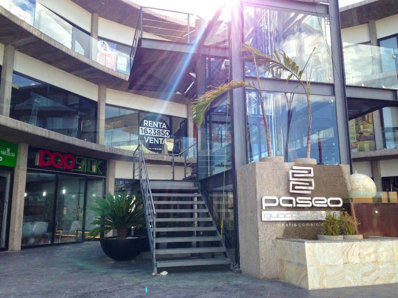 Foto Local en Venta en  Segunda Sección de Bellas Lomas,  San Luis Potosí  LOCAL EN VENTA, EN EXCELENTE ZONA DE LA CIUDAD, LOMAS 1A
