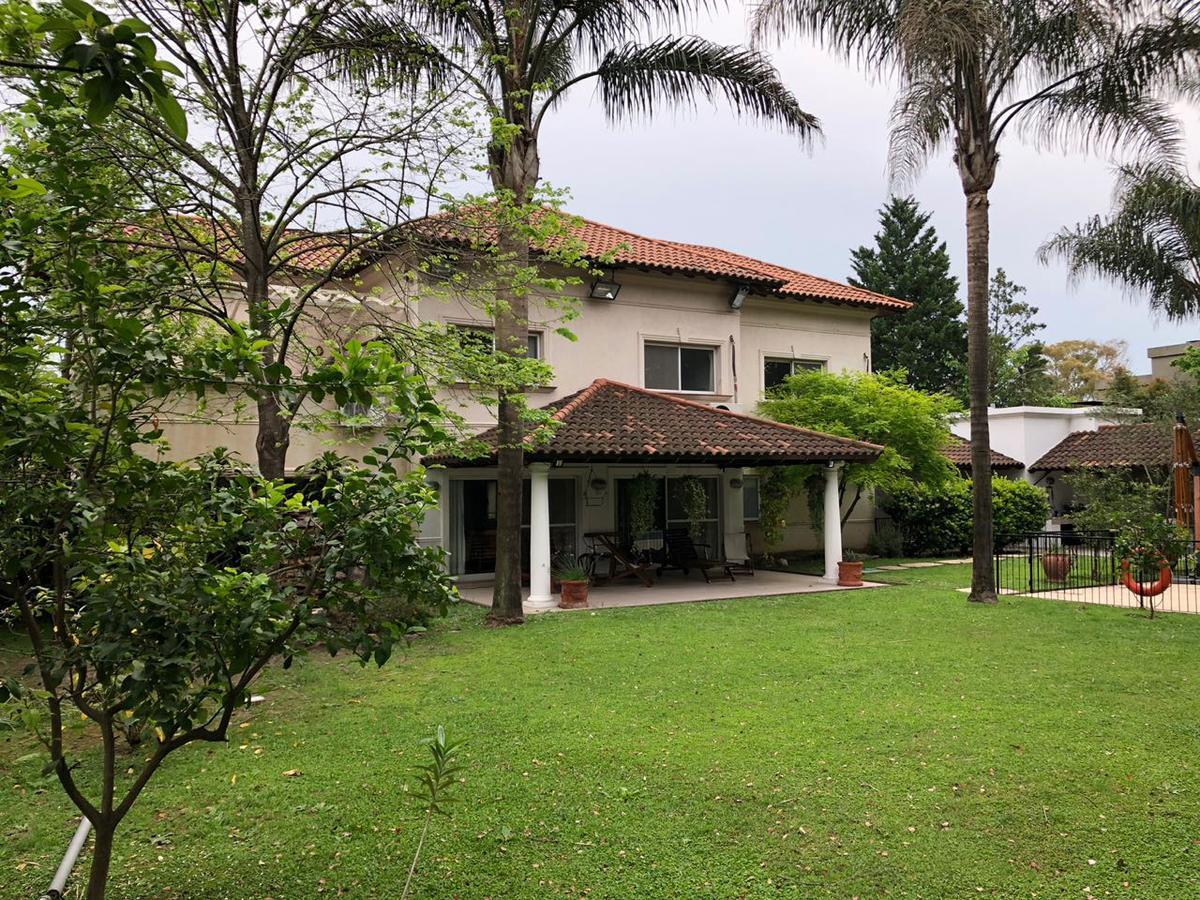 Foto Casa en Venta en  Buenos Aires Golf,  Countries/B.Cerrado (San Miguel)  Mayor Irusta al 3700