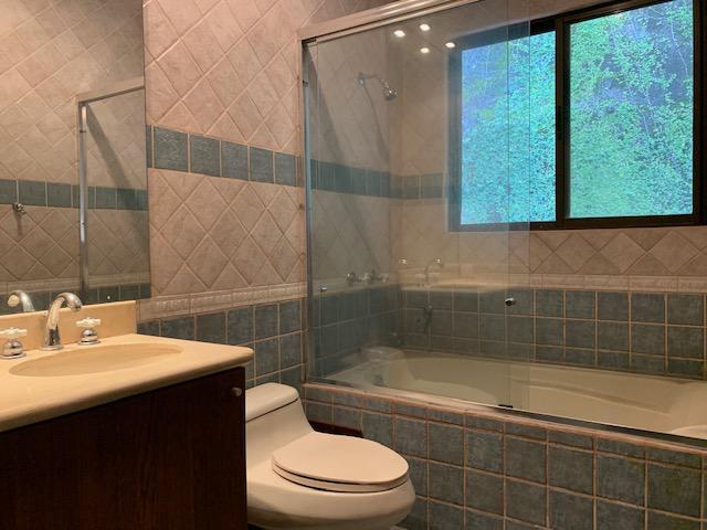 Foto Casa en condominio en Venta | Renta en  Santana,  Santa Ana          Villa Real/ Rodeada de Naturaleza/ 5 habitaciones