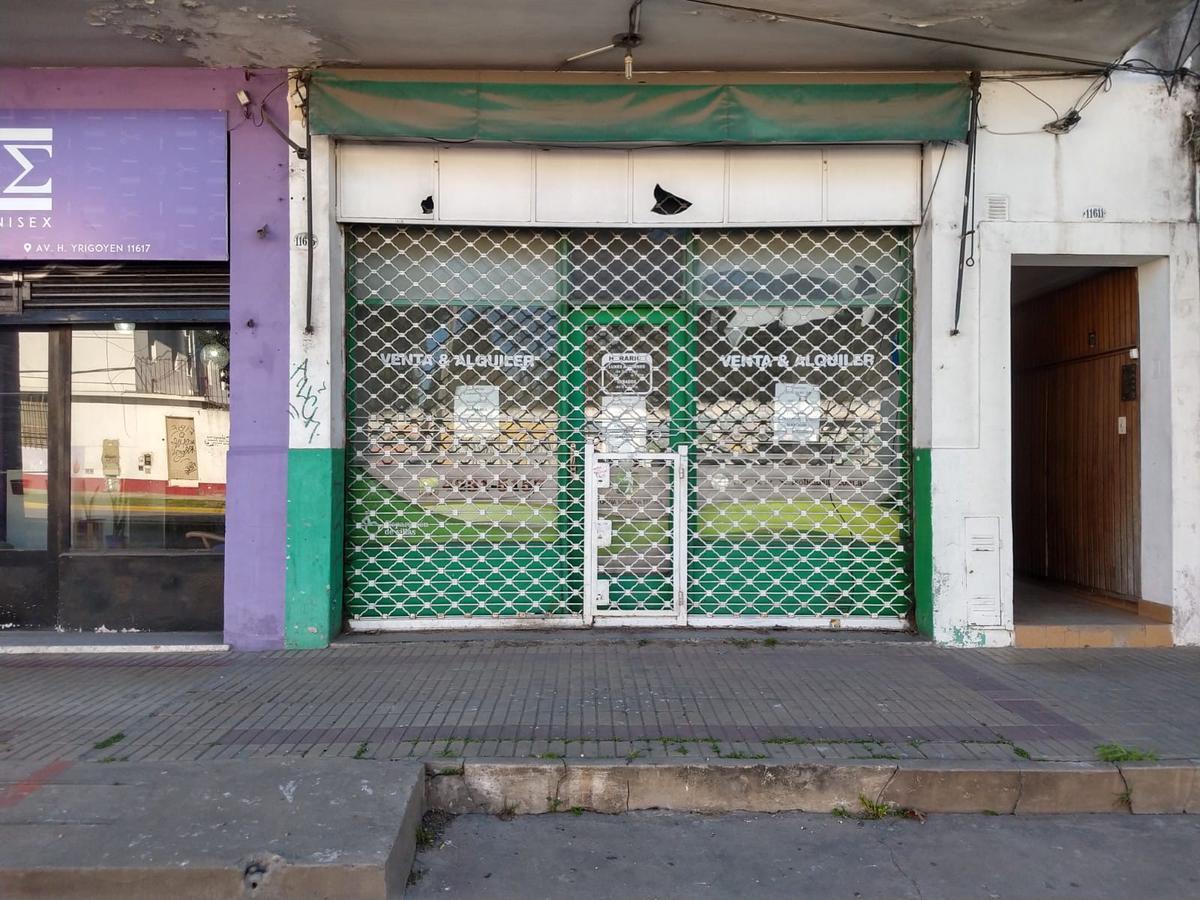 Foto Local en Alquiler en  Turdera,  Lomas De Zamora  Av. Hipólito Yrigoyen N° 11.615
