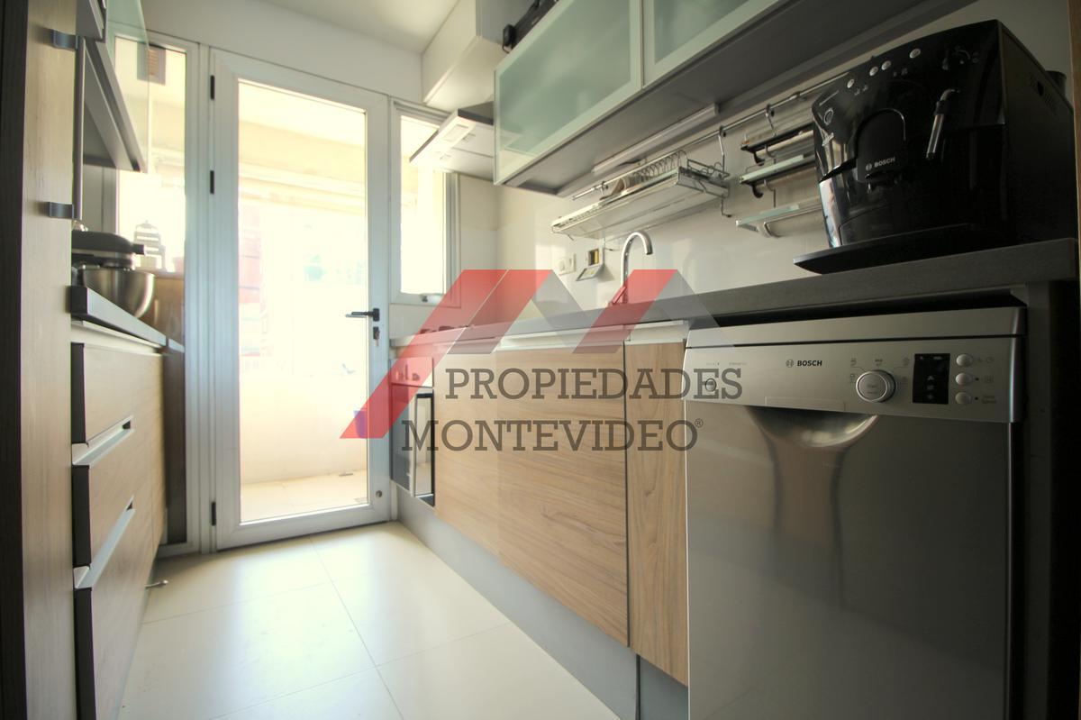 Foto Apartamento en Alquiler | Venta en  Malvín ,  Montevideo      Malvin, Rambla O´Higgins al 5200