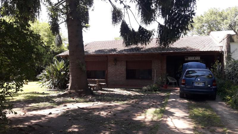 Foto Casa en Venta en  Barrio Parque Leloir,  Ituzaingo  Santos Vega y Udaondo