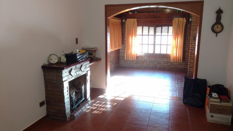 Foto Casa en Alquiler en  San Antonio De Padua,  Merlo  Carlos Pelegrini al 500