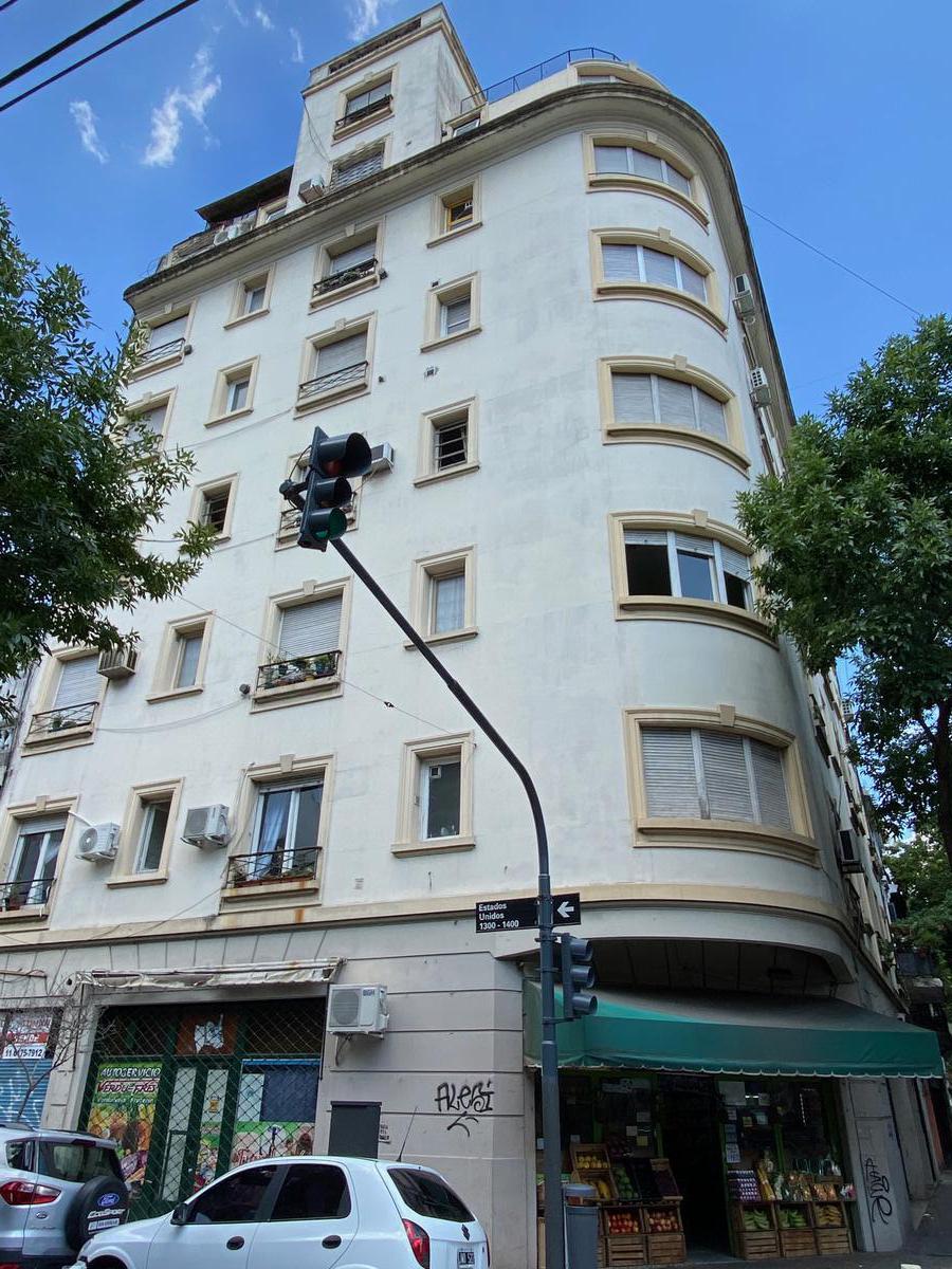 Foto Departamento en Venta en  Constitución ,  Capital Federal  San Jose al 900