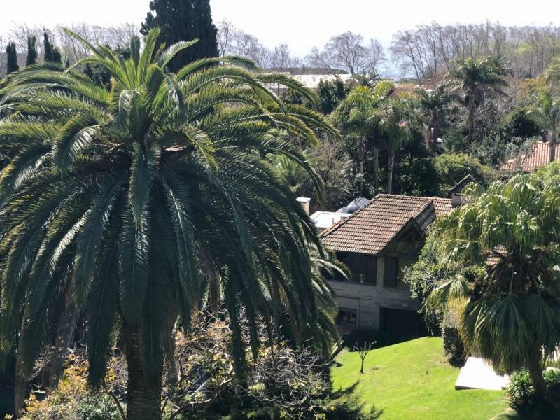 Foto Casa en Venta en  Acassuso,  San Isidro  Perú al 1200