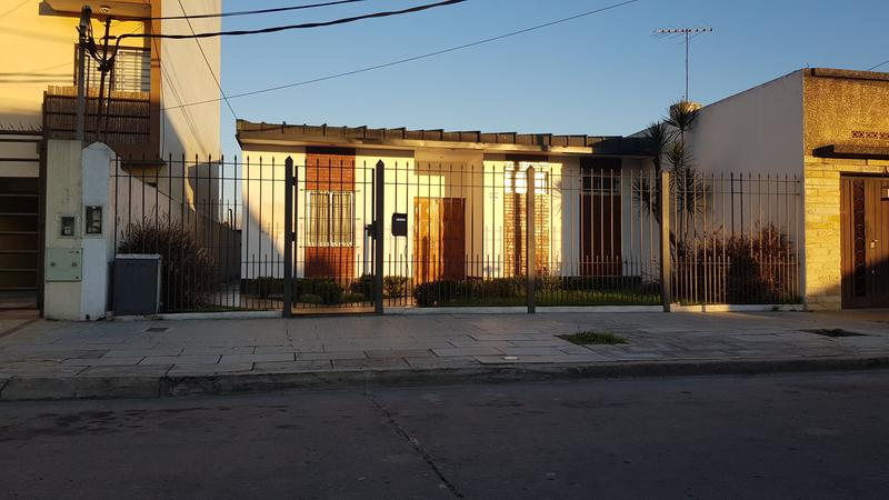 Foto Terreno en Venta en  Moron Sur,  Moron  Aberastain al 500