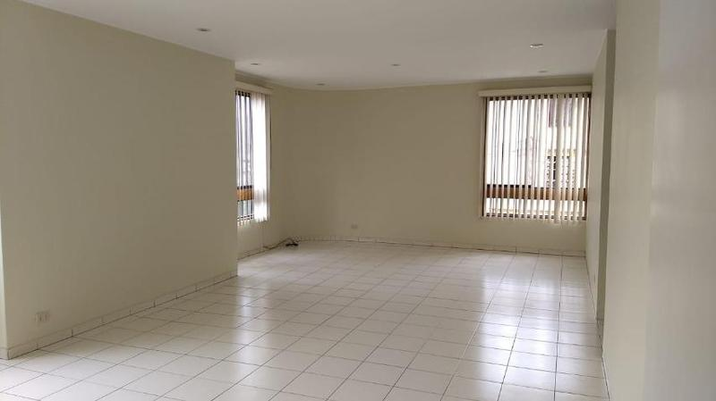 Foto Departamento en Alquiler en  La Molina,  Lima  Av RINCONADA DEL LAGO S/N