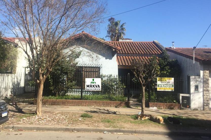 Foto Casa en Venta en  Centro (Moreno),  Moreno  Aristobulo del Valle al 2500