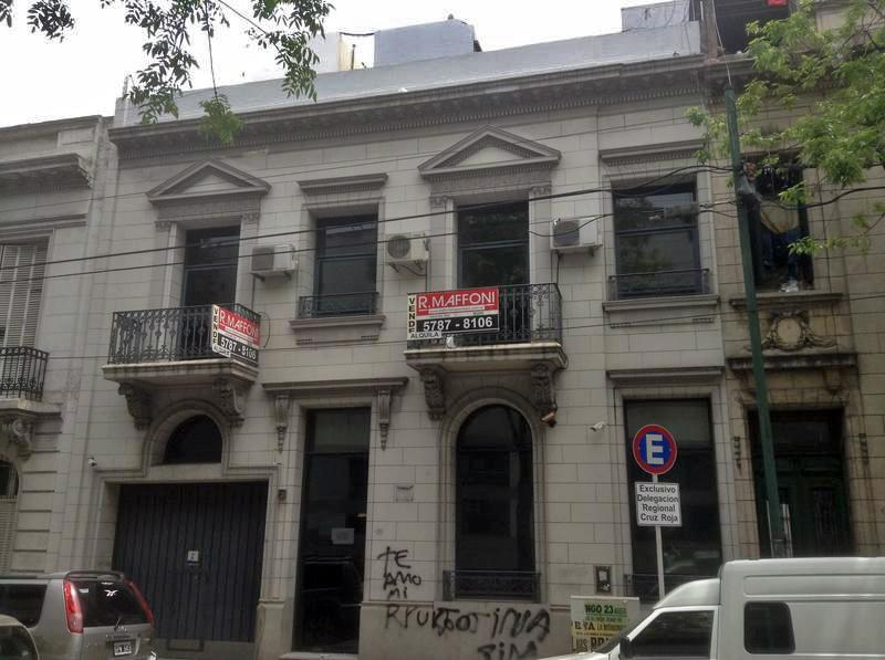 Foto Edificio Comercial en Venta en  Constitución ,  Capital Federal  Solis 1309/15