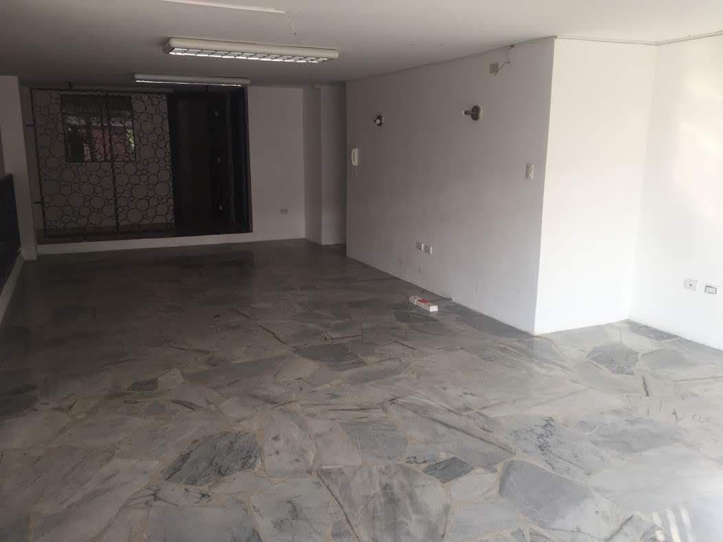 Foto Oficina en Alquiler en  Norte de Guayaquil,  Guayaquil  Urdesa Norte