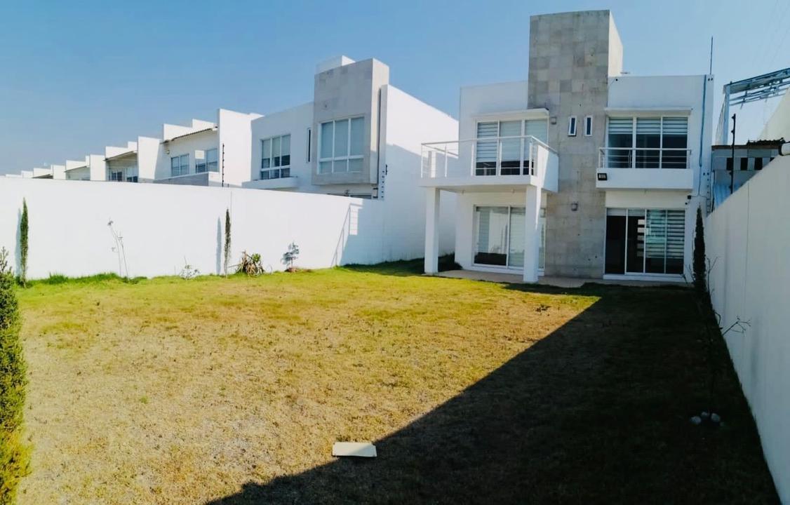 Foto Casa en condominio en Renta en  San Miguel Totocuitlapilco,  Metepec  RENTA DE CASA EN FORESTA DREAM LAGOONS METEPEC