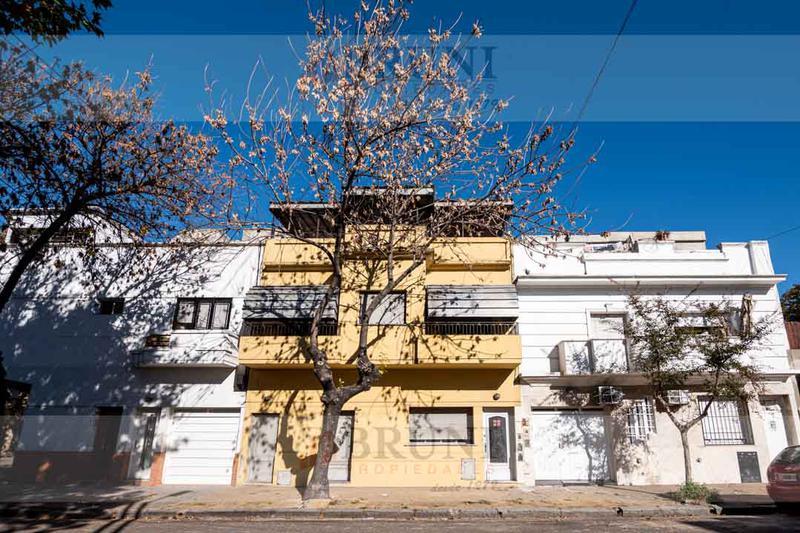 Foto PH en Venta en  Barracas ,  Capital Federal  Alvarado al 2800