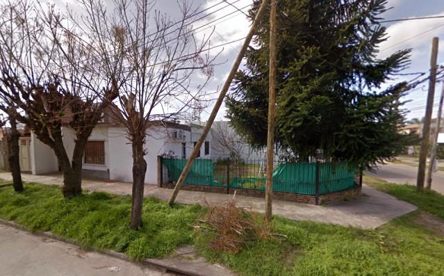 Foto Casa en Alquiler en  Moreno ,  G.B.A. Zona Oeste  Casa Americana sobre Catamarca al 700 - Lado sur