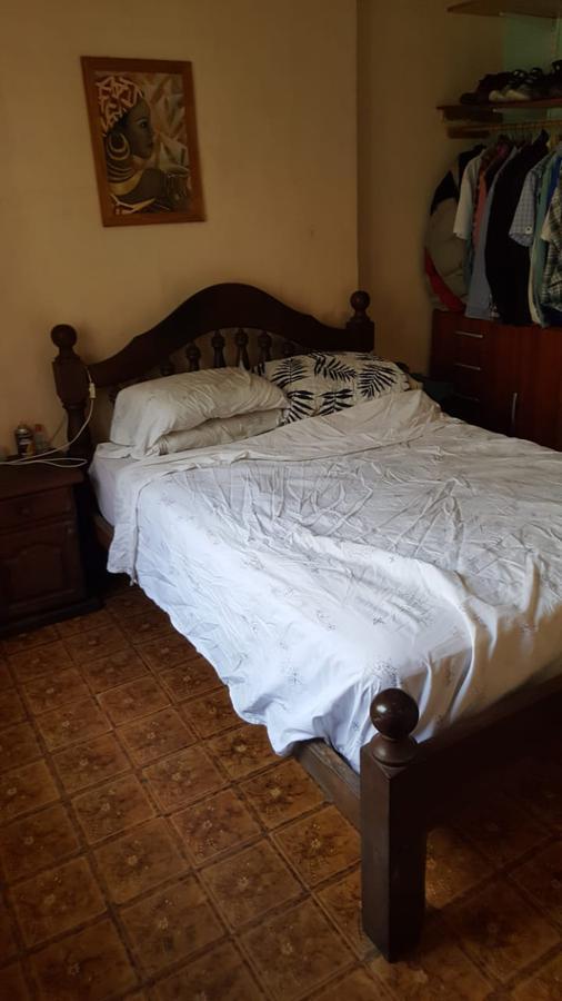 Foto Casa en Venta en  La Plata ,  G.B.A. Zona Sur  Calle 76 N al 1700