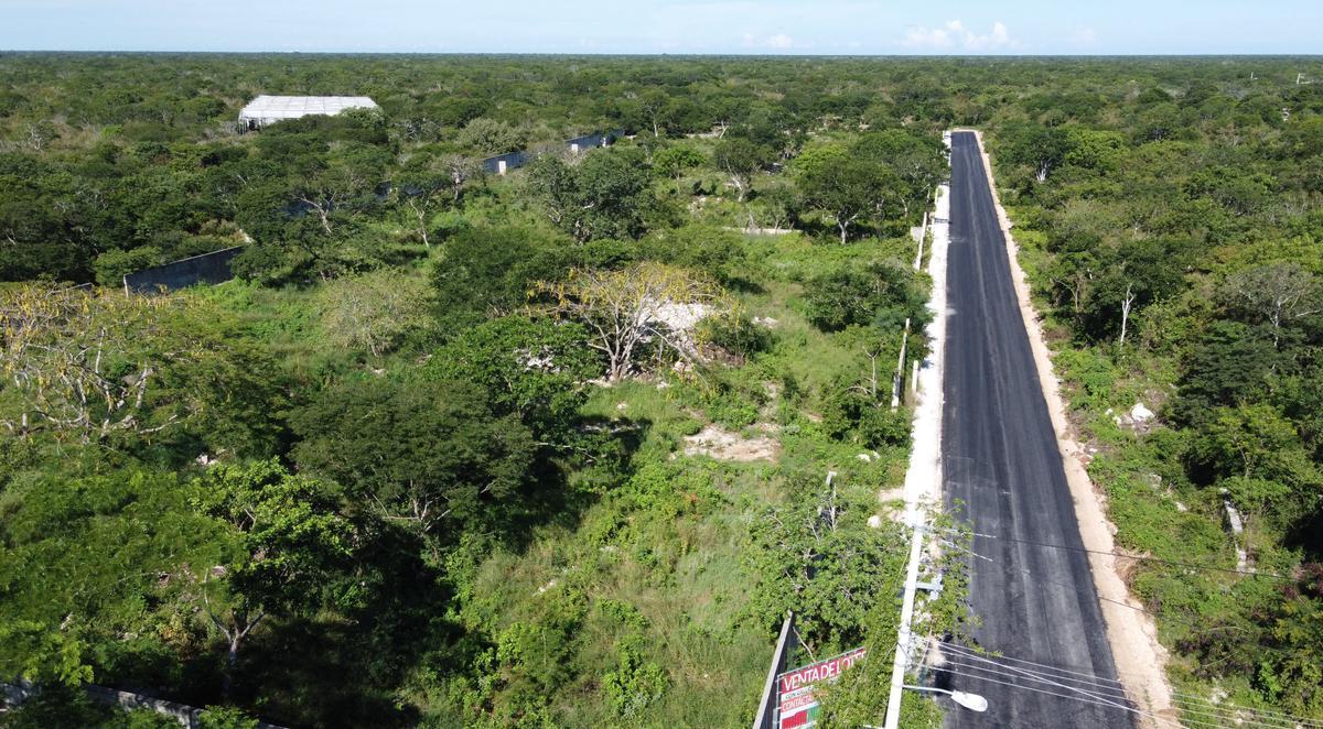 Foto Terreno en Venta en  Pueblo Dzitya,  Mérida  Terreno residencial con servicios, al norte de mérida, con financiamiento, Dzitya