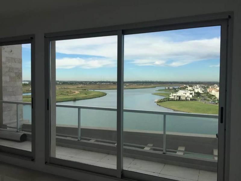 Foto Departamento en Venta en  Acqua,  Islas del Golf  av del golf al 1000