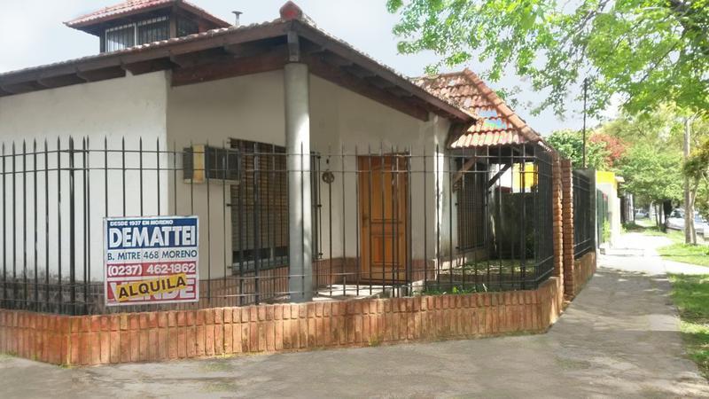 Foto Casa en Alquiler en  Moreno ,  G.B.A. Zona Oeste  Saavedra al 1600 - Hermoso Chalet - Moreno lado sur