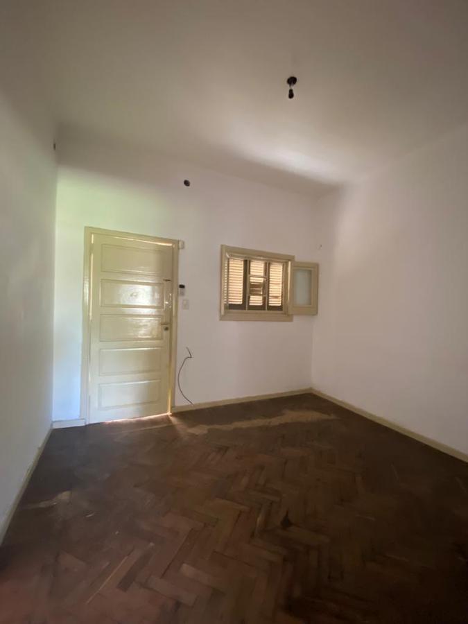 Foto Casa en Venta en  Turdera,  Lomas De Zamora  Santo Domingo 23