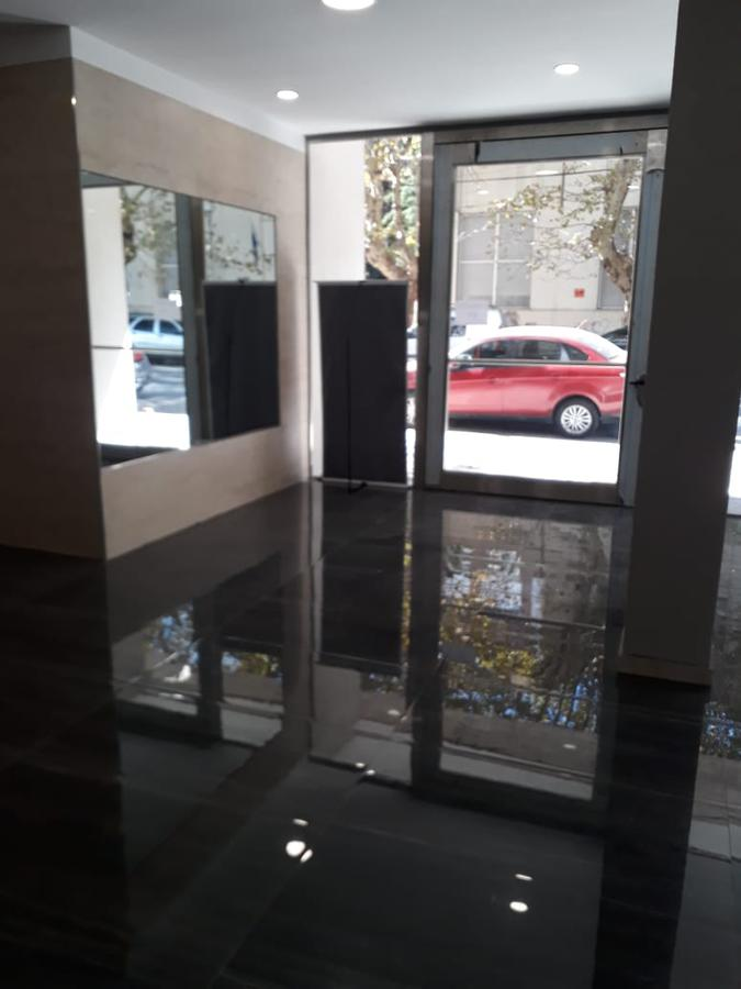 Foto Departamento en Alquiler en  Avellaneda,  Avellaneda  Ameghino 855, Piso 10º, Depto. E