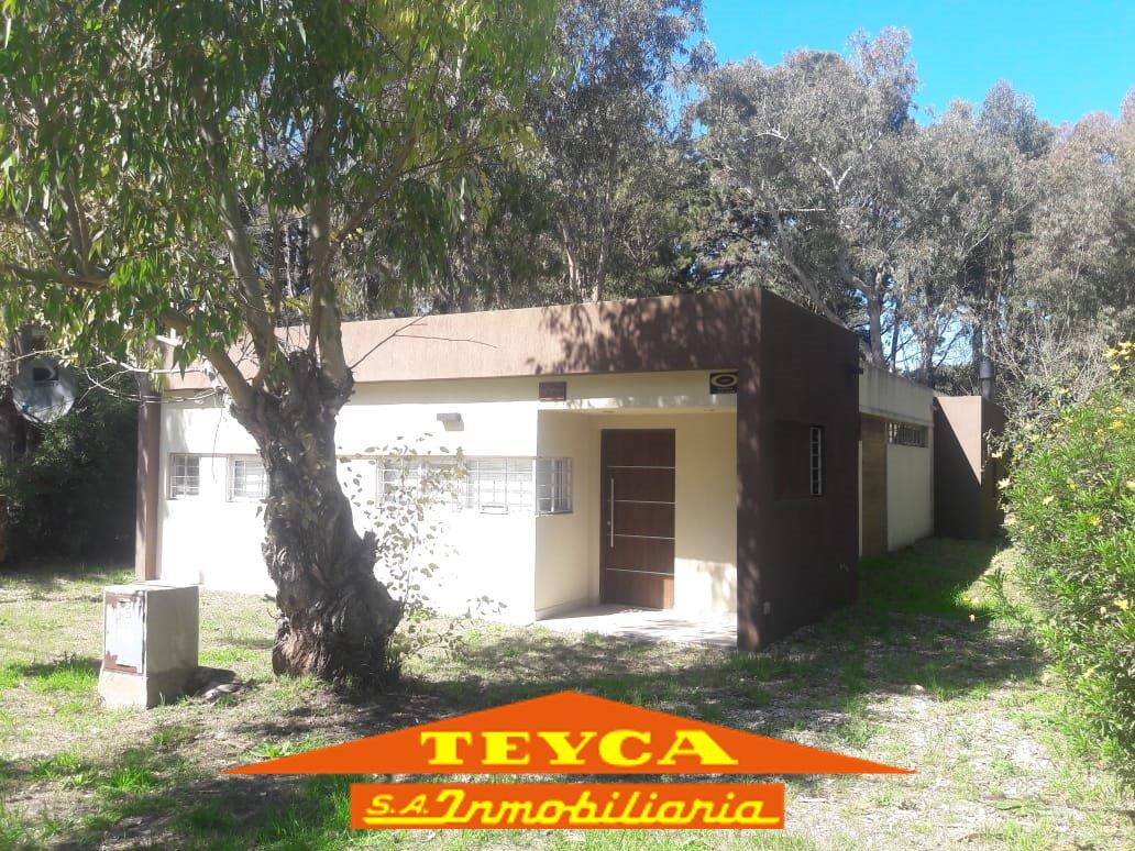 Foto Casa en Venta en  Golf Nuevo,  Pinamar  AV. Shaw 1489 E/ De la Lisa y Escualos