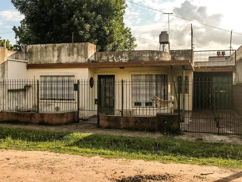 Foto Casa en Venta en  Colibri,  San Miguel  Constancio Vigil