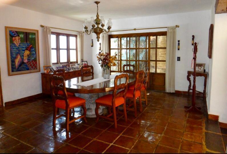 Foto Casa en Venta en  Buenavista,  Cuernavaca  Casa  Tipo Mexicano en Venta en Buena Vista
