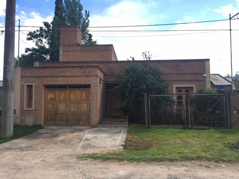 Foto Casa en Venta en  San Bernardo (Lujan),  Lujan  Jorge Newbery Nº  1347