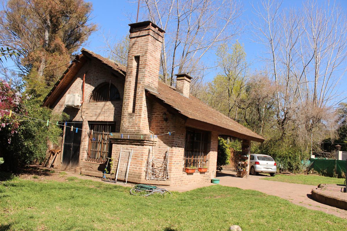 Foto Casa en Venta en  Bella Vista,  San Miguel  Artigue 197
