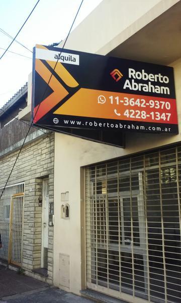 Foto Local en Alquiler en  Valentin Alsina,  Lanús  JOSE IGNACIO RUCCI 900