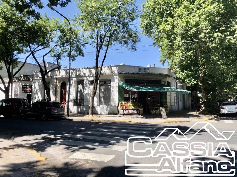 Foto Casa en Venta en  Flores ,  Capital Federal  EMILIO LAMARCA 1494